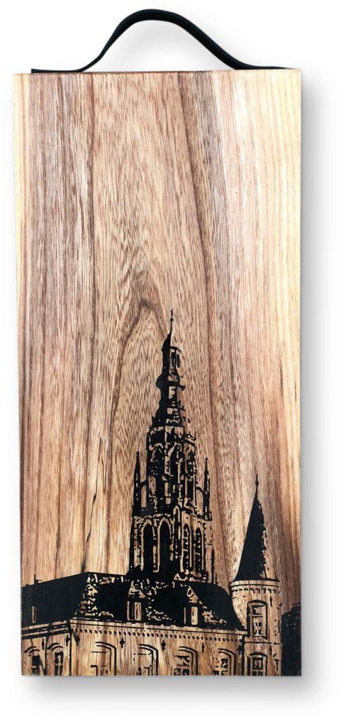 Borrelplank met Grote kerk Breda