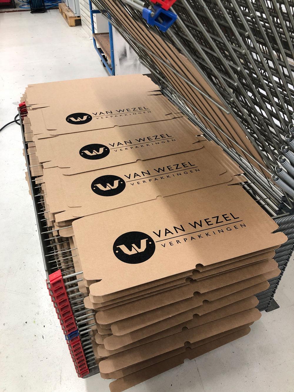 borrelplanken in dozen met bedrukking